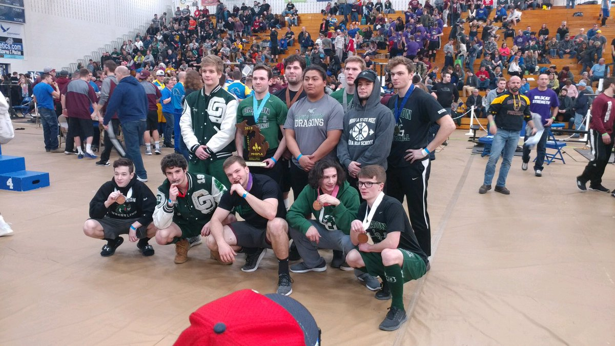 State champs! LOHS Men's Powerlifting wins title